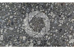 Andesite. Indonesia. Sezione lucida. 1X
