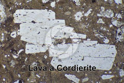 Lava a Cordierite. Lipari. Isole Eolie. Sicilia. Italia. Sezione sottile in luce polarizzata. 32X