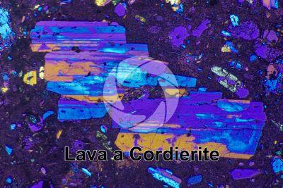 Lava a Cordierite. Lipari. Isole Eolie. Sezione sottile in luce polarizzata a Nicol incrociati con filtro lambda. 32X