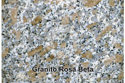 Granito Rosa Beta. Monte Limbara. Sardegna. Italia. Sezione lucida. 2X