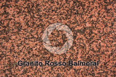 Granito Rosso Balmoral. Finlandia. Sezione lucida