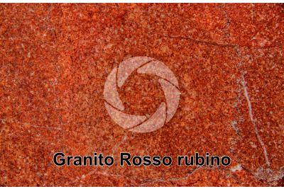 Granito Rosso Rubino. India. Sezione lucida