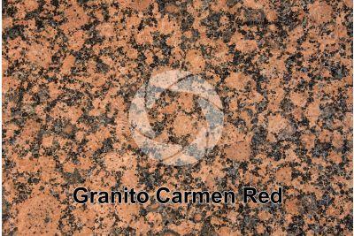 Granito Carmen Red. Finlandia. Sezione lucida