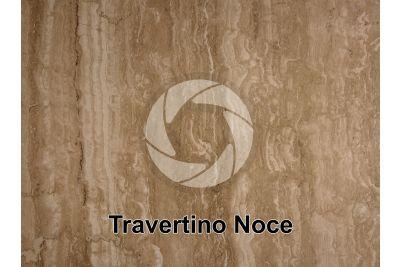 Travertino Noce. Lazio. Italia. Sezione lucida