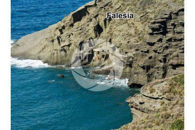 Falesia. Pollara. Isole Eolie. Sicilia. Italia